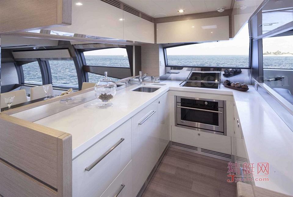 Ferretti Yachts 750 ÄÚÊÎ