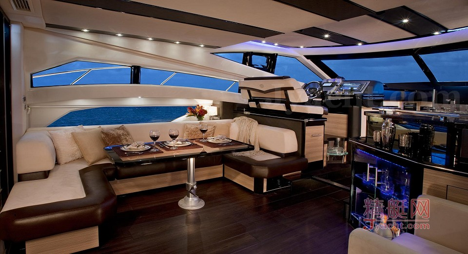 Marquis 500 Sport Yacht